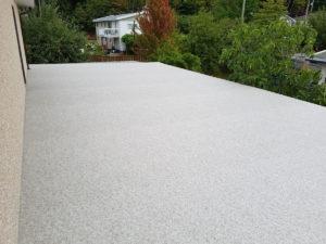 Large deck, waterproofed with Duradek vinyl