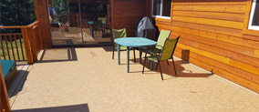 Another deck protected and easy to maintain with Duradek